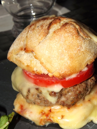Hamburger Raclette1