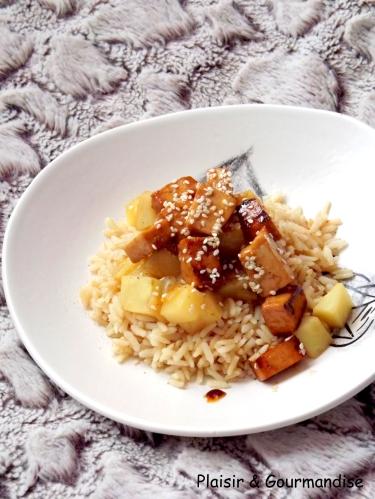 Tofu caramélisé au sésame et son céleri
