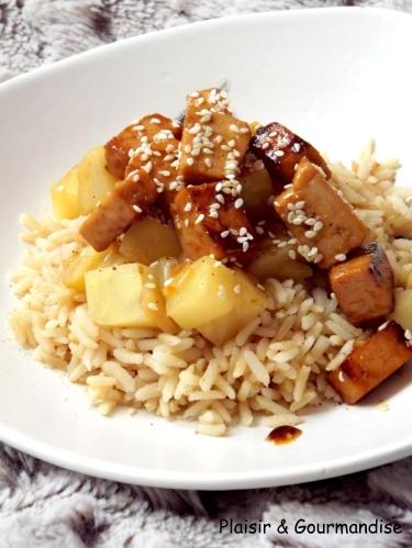 Tofu caramélisé au sésame et son céleri1